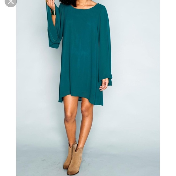 Show Me Your MuMu Dresses & Skirts - NWT Bombshell Dress Emerald